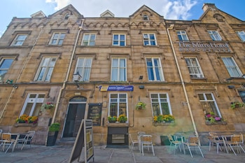 Hotel - The Mitre Hotel