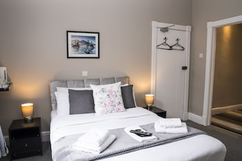 Deluxe Room, Ensuite (With Shower)