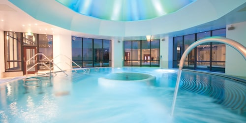 __{offers.Best_flights}__ Champneys Springs