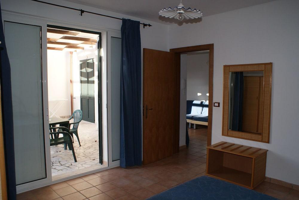 메사피아 호텔 & 리조트(Messapia Hotel & Resort) Hotel Image 7 - Guestroom