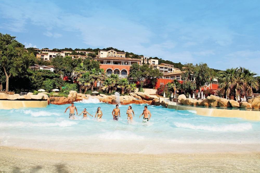 Résidence Pierre et Vacances les Restanques Du Golf de Saint Tropez