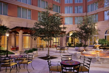 坦帕國際廣場萬麗飯店 Renaissance Tampa International Plaza Hotel