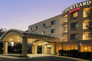 Featured Image at Courtyard by Marriott Potomac Mills Woodbridge in Woodbridge