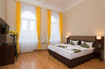 今夜星辰飯店 Hotel Abendstern