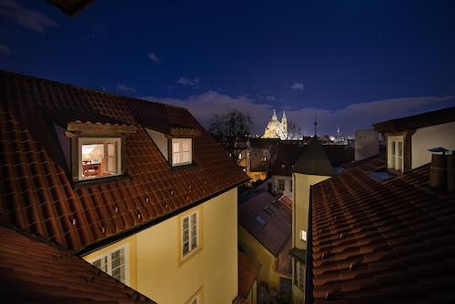 Praga - Boutique Hotel Constans - z Warszawy, 27 marca 2021, 3 noce