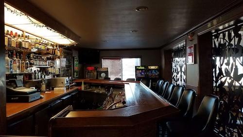 . Best Western Plus Concord Inn