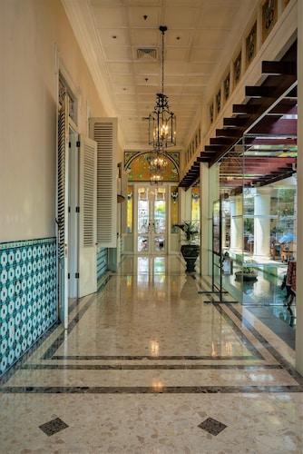. The Phoenix Hotel Yogyakarta - MGallery Collection