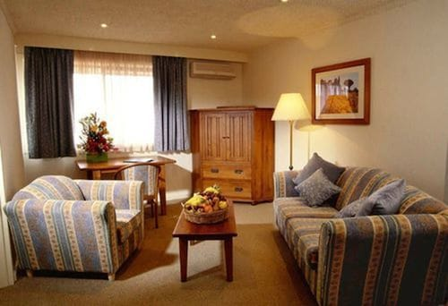 Hotel Bruce County, Monash - Waverley West