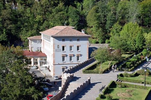 . Gran Hotel Pelayo