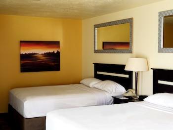 Standard Deluxe Room, 2 Queen Beds