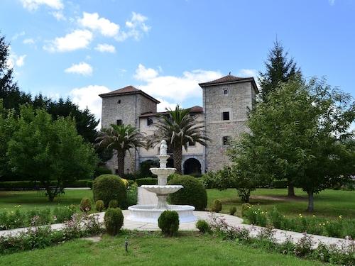 . Palacio Torre DE Ruesga