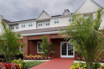 DC Suburbs Vacations - Residence Inn Potomac Mills - Property Image 1