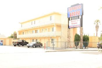Hotel - Express Inn