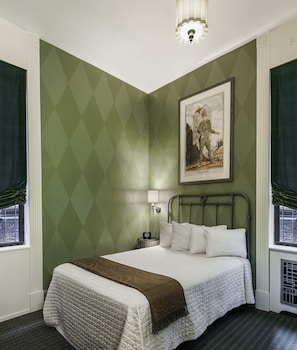 Double Room, 1 Double Bed (Petite)