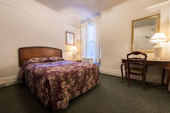 Standard Room (One Full)
