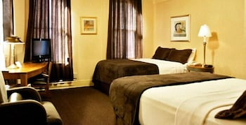 Traditional Room, 2 Full Beds