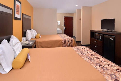 . Americas Best Value Inn & Suites Madera