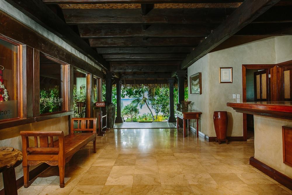 https://i.travelapi.com/hotels/2000000/1090000/1083600/1083579/371ddc16_z.jpg