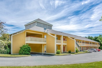 Hotel - Econo Lodge Freeport - Brunswick Area