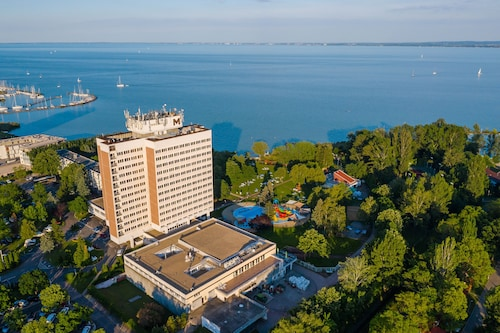 . Danubius Hotel Marina