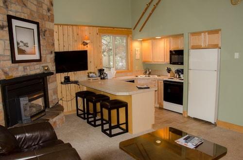 Mount Bachelor Village Resort, Deschutes