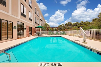 Destin Vacations - Wingate by Wyndham - Destin FL - Property Image 1