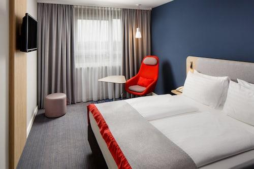 Dusseldorf - Holiday Inn Express Düsseldorf City North - z Gdańska, 1 kwietnia 2021, 3 noce