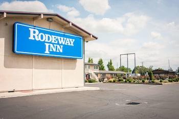 羅德威飯店 Rodeway Inn