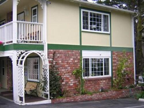 Carmel Inn And Suites, Monterey