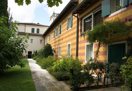 Ca' Damiani, Pordenone