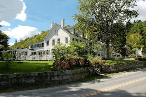 . The Stowe Inn
