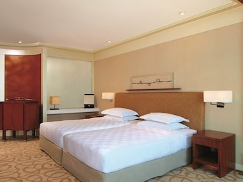 New World Manila Bay Hotel Manila Guestroom
