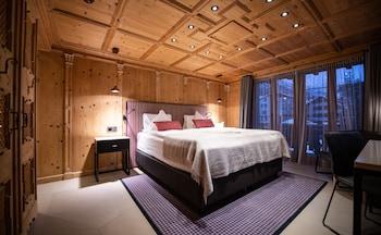 Romantic Double Room, Mountain View (Matterhorn)