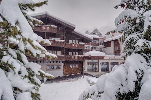 __{offers.Best_flights}__ SchlossHotel Zermatt – Active & CBD Spa Hotel
