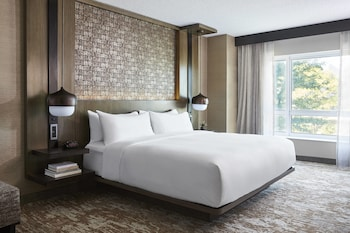 Concierge Room, Room, 1 King Bed, Non Smoking