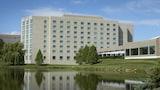 Burr Ridge Hotels