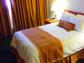 Economy Double Room, 1 Queen Bed