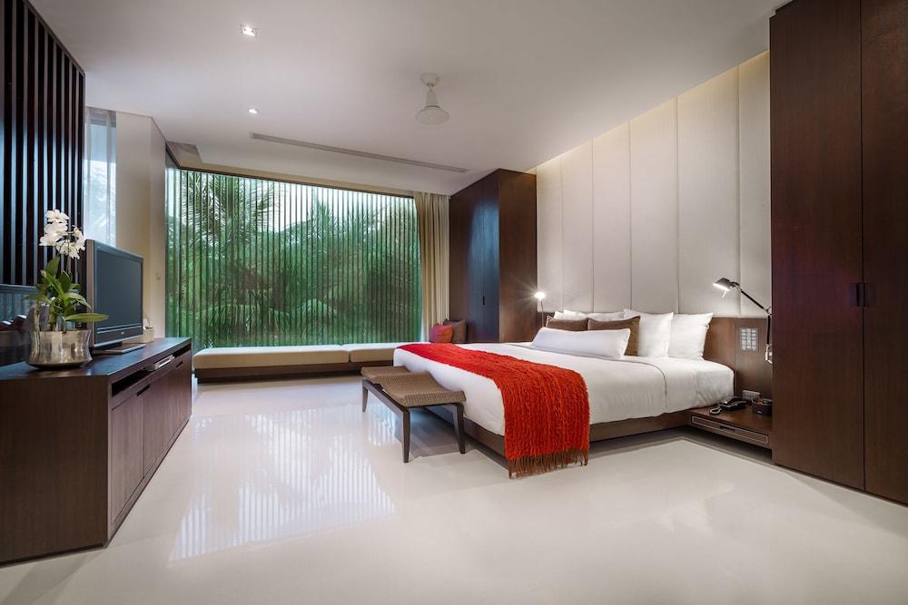 https://i.travelapi.com/hotels/2000000/1100000/1095000/1094968/813ef51d_z.jpg
