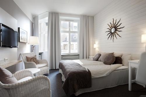 . First Hotel Örebro
