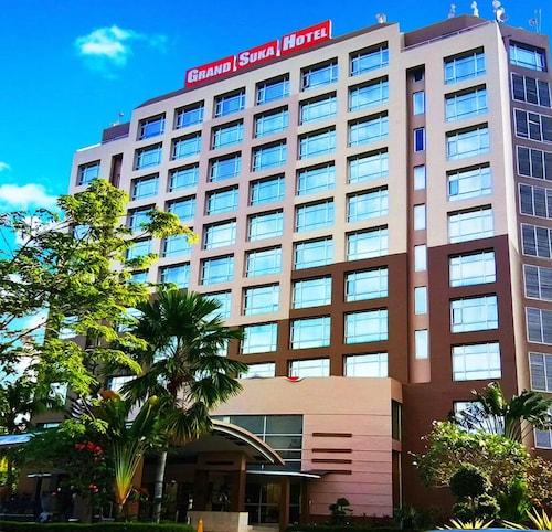 Grand Suka Hotel