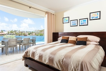 Studio Suite, 1 King Bed, Oceanfront