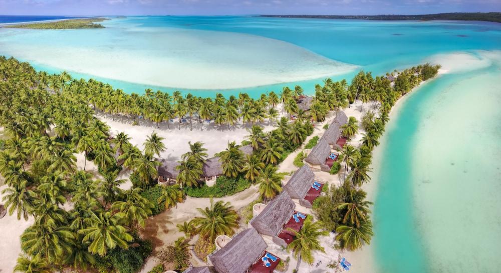 https://i.travelapi.com/hotels/2000000/1100000/1096600/1096555/dee1de25_z.jpg