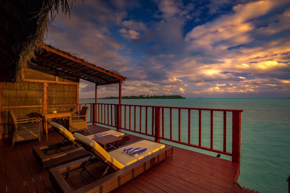 https://i.travelapi.com/hotels/2000000/1100000/1096600/1096555/f4176509_z.jpg