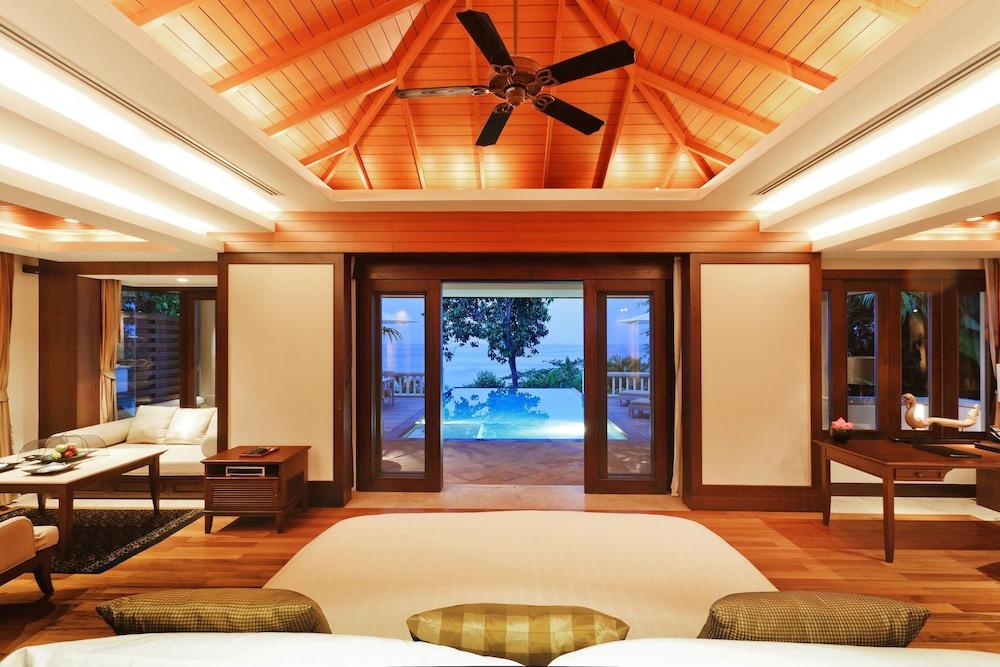 https://i.travelapi.com/hotels/2000000/1100000/1097000/1096979/154d81db_z.jpg