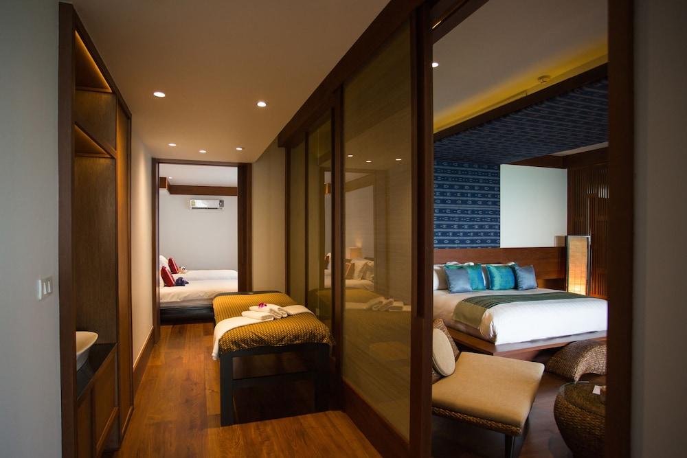 https://i.travelapi.com/hotels/2000000/1100000/1097000/1096979/2031ee96_z.jpg