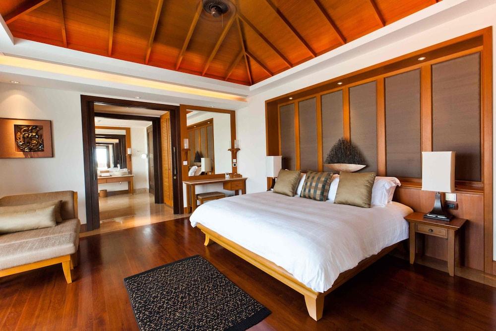 https://i.travelapi.com/hotels/2000000/1100000/1097000/1096979/497560f5_z.jpg