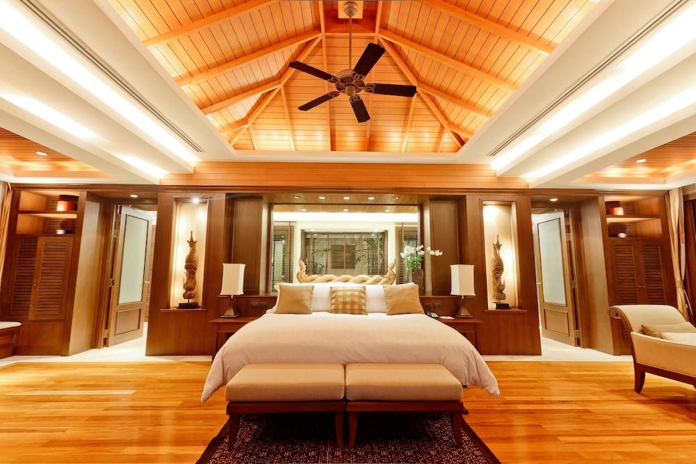 https://i.travelapi.com/hotels/2000000/1100000/1097000/1096979/4d5c096a_z.jpg