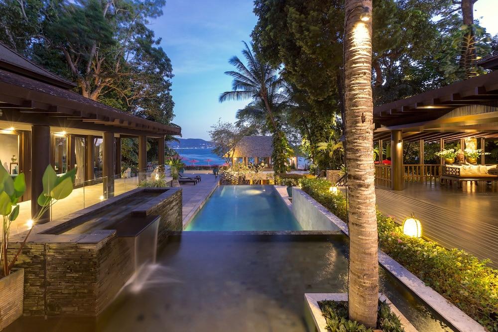 https://i.travelapi.com/hotels/2000000/1100000/1097000/1096979/8414f0c6_z.jpg