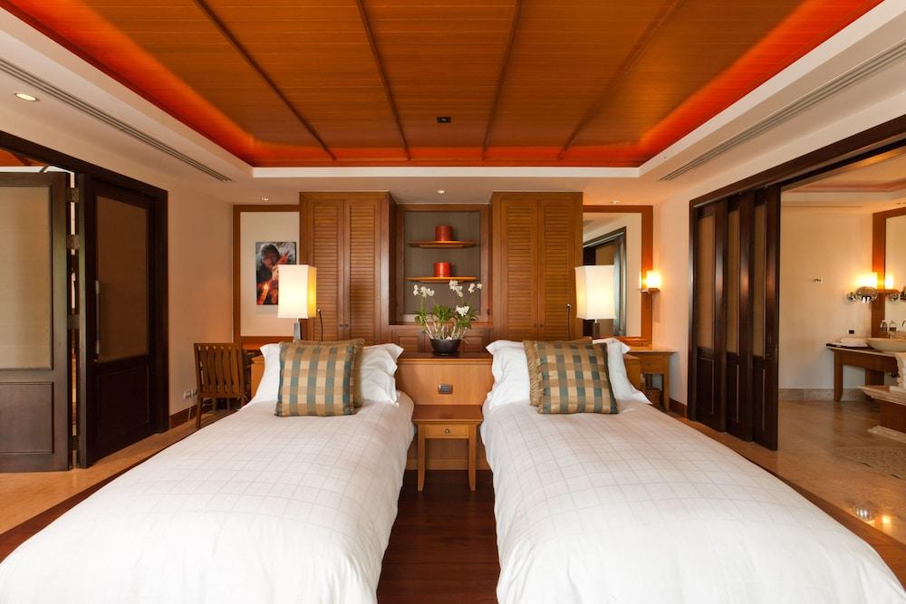 https://i.travelapi.com/hotels/2000000/1100000/1097000/1096979/93ed0935_z.jpg