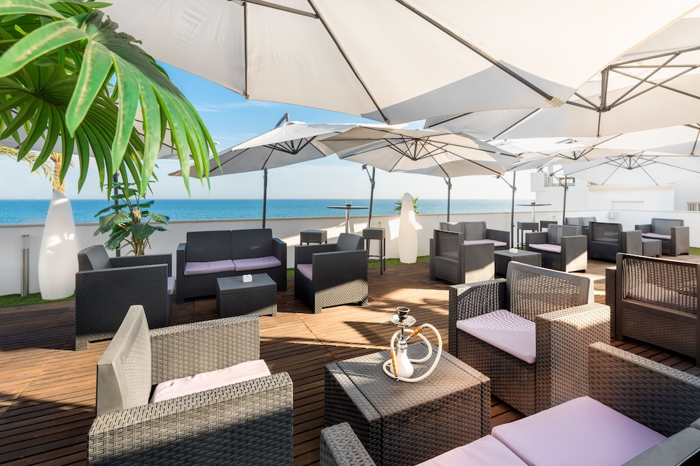 Terrace/Patio : Terrace/Patio 35 of 80